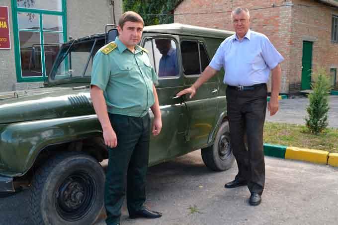 Лісівники Черкащини передали до АТО автомобіль