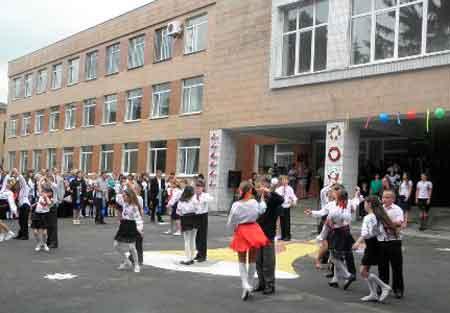 У Лисянському районі виділили кошти на ремонт гімназії