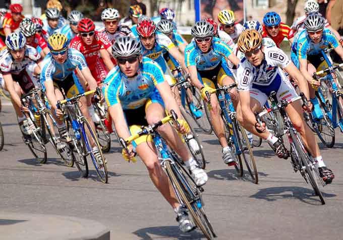 Черкаські велосипедисти тріумфують на чемпіонаті України