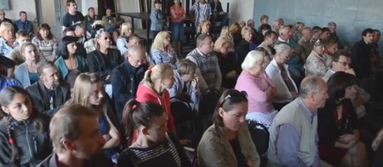 Актори театру виступили проти відсторонення директора та відкрили благодійний фонд