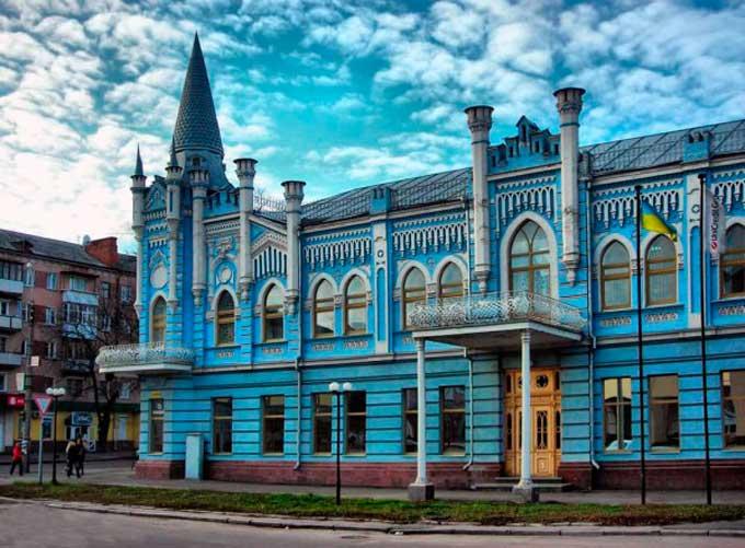 Будівля колишнього готелю «Слов'янський» у Черкасах, архітектор Городецький