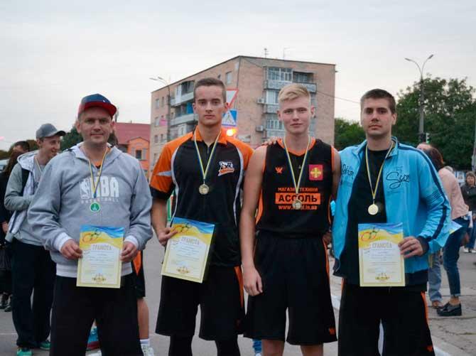 """Баскетболісти """"Легіону"""" перемогли на смілянському турнірі та готуються до старту Аматорської ліги"""