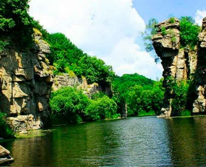 Скеля Родіонова (Маньківський район)