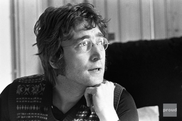 Джон Леннон у себе вдома, The Thinker, 1971. Фото Тома Хенлі (Tom Hanley)