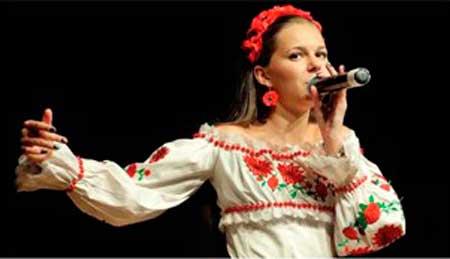 Христинівська співачка прославляє свій край і Україн