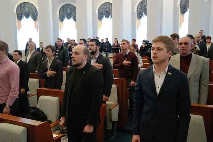 Відбулася перша сесія Черкаської міської ради восьмого скликання (документ)