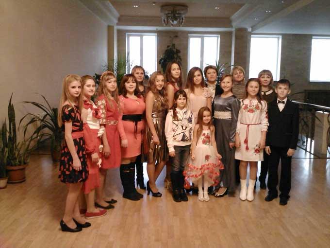 Вихованці Чорнобаївської ДШМ здобули найвищі нагороди на Всеукраїнському конкурсі «Осінні зоряні мости»