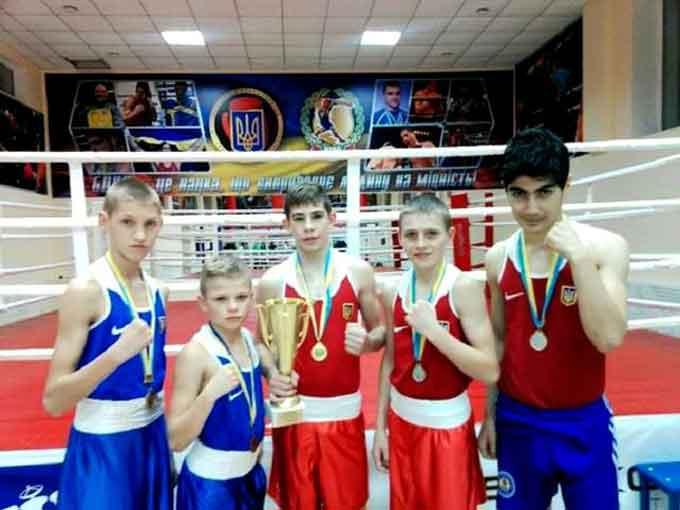 Черкаські боксери підкорили чемпіонат України