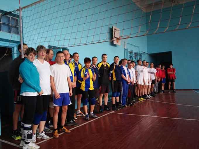 Кубок з волейболу до дня Святого Миколая