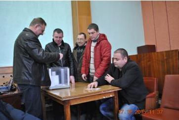 На шостому засіданні першої сесії Канівської міської ради депутати не підтримали ще дві кандидатури на посаду секретаря.