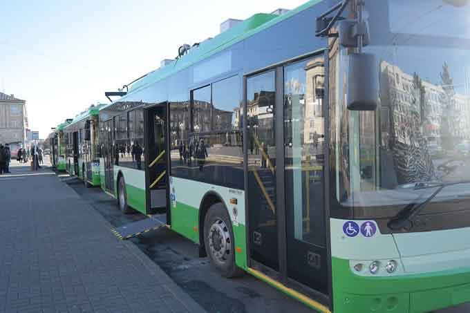 Сьогодні нові тролейбуси вийшли на маршрути Черкас
