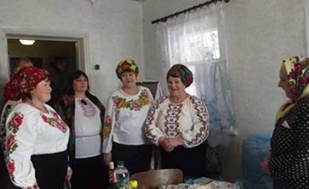 На Канівщині вітали столітню ювілярку