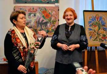 В художньому музеї відкрито виставку Валентини Кузьменко