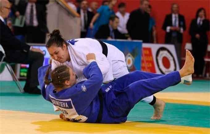 Черкащанка Анастасія Сапсай стала третьою на чемпіонаті Європи з самбо