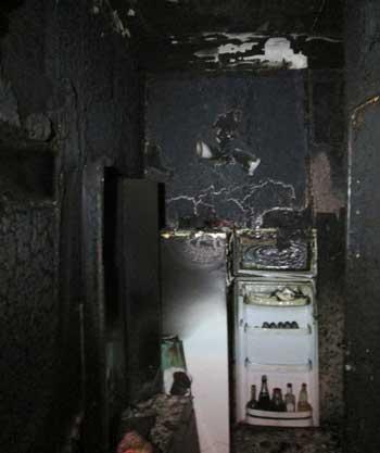 В Черкасах під час ліквідації пожежі рятувальники виявили тіло загиблої (відео)