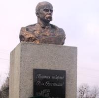 На Уманщині відкрили погруддя Шевченку