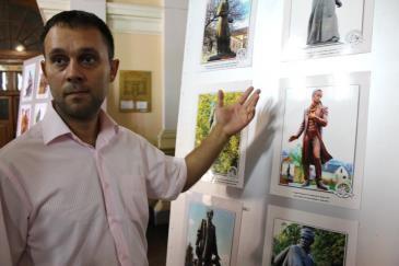 Пам'ятники Тарасу Шевченку в Україні та світі можна побачити на виставці у Каневі