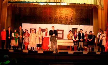 У Худяках відбувся показ п'єси «Розумний та дурень»