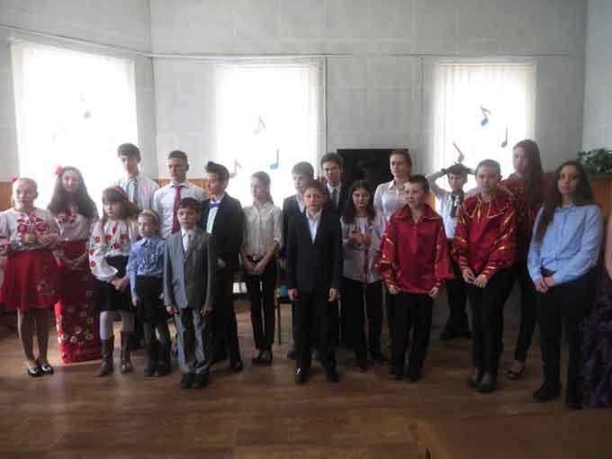 У Черкасах відбувся в І-й відкритий міський фестиваль–конкурс виконавської майстерності гри на народних інструментах