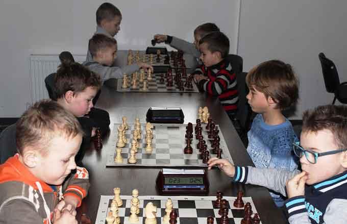 У Черкасах відбувся чемпіонат області з шахів серед юнаків та дівчат
