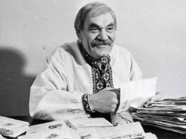 Пінхас Хаїмович (Петро Вескляров) – дід Панас
