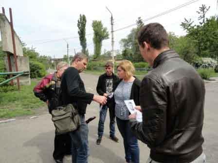 Смілянські волонтери почали проводити інформаційну роботу щодо перейменованих вулиць міста