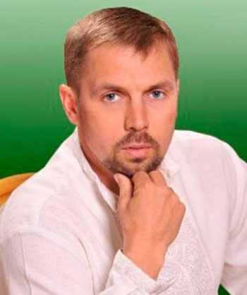 Олег Островський просить не захоплювати церкви