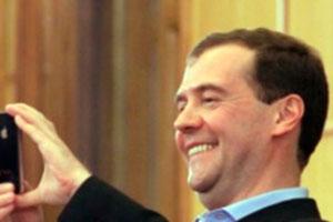 Семен Слєпаков перетворив в пісню кримські одкровення Медведєва (відео)