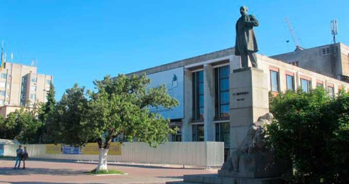 Черкащина отримає 5 млн грн від ДФРР на ремонт драмтеатру