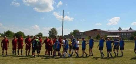 Футбольні команди ветеранів Лисянського та Маньківського районів провели товариський матч