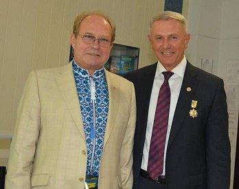 Директора Черкаського державного бізнес-коледжу Олега Кукліна нагороджено  медаллю імені Ушинського