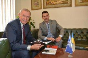 Викладача Черкаського державного бізнес-коледжу відзначено премією Кабміну