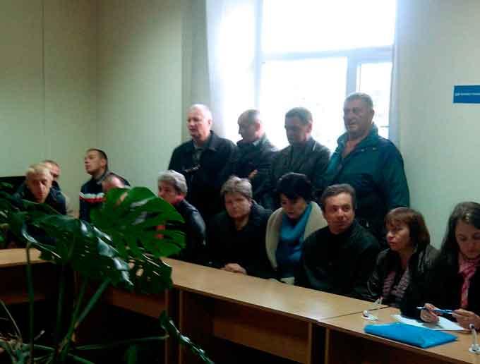 13 золотоніських безробітних знайшли роботу на лікеро-горілчаному заводі «Златогор»