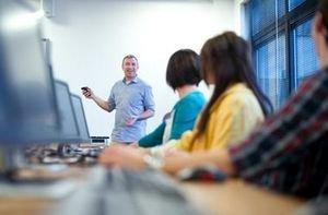 Черкаський державний бізнес-коледж починає одразу  2 безкоштовних ІТ-курси для черкащан