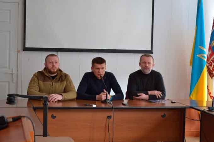Зі складу виконкому виключили Дмитра Кухарчука та Івана Кієнко