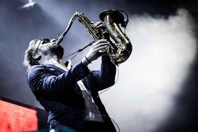 Колишній саксофоніст Parov Stelar Band вперше в Києві зі своїм сольним проектом Max The Sax
