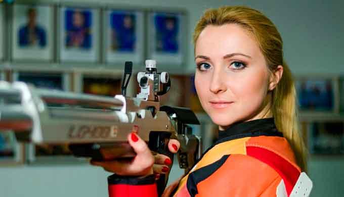 Черкащани Дарія Шаріпова та Сергій Куліш здобули золоті нагороди чемпіонату України з кульової стрільби