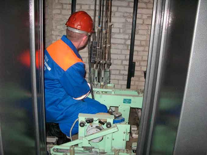 Більше 200 ліфтів у Черкасах потребують капітального ремонту (відео)
