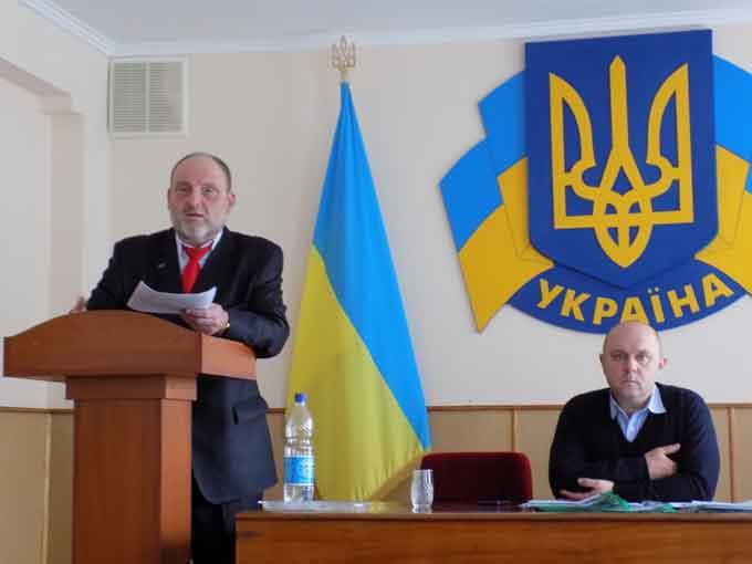 У Кам'янській райраді – новий депутат, а також створено нову фракцію