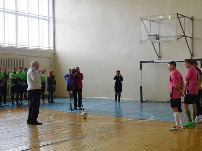 У Чорнобаї відбувся турнір «Футбол скликає друзів»