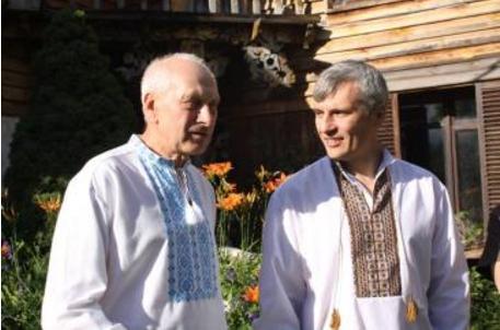 Канівський депутат заявив про тиск та шантаж з боку депутата облради