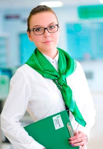 Черкащанка проміняла роботу в Данії на обслуговування клієнтів сервісного центру