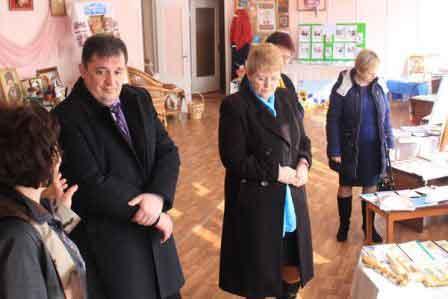 Відкрито XХІІ районну виставку перспективного педагогічного досвіду «Освіта Монастирищини-2017»
