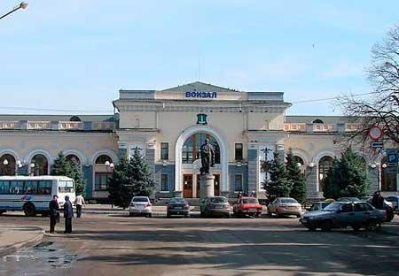 Для безперебійного руху пасажирських поїздів служба зайнятості 100 відсотково укомплектувала Шевченківську дирекцію залізничних перевезень