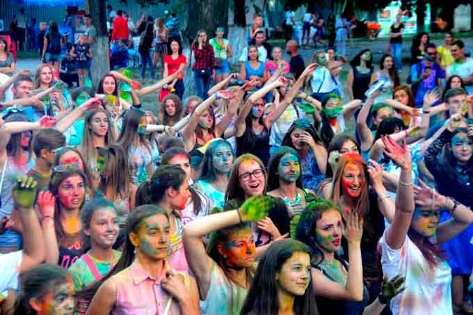 В Умані вдруге відбудеться фестиваль фарб Holi