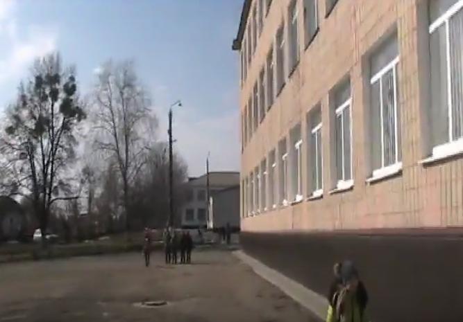 Відеорепортаж: Газовий колапс в школах Монастирищини