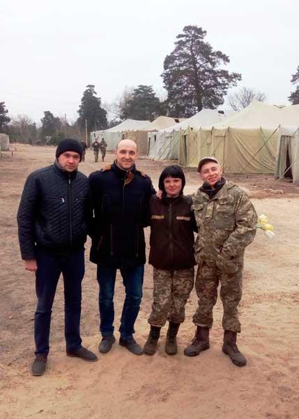 Фоторепортаж: катеринопільці надали гуманітарну допомогу військовослужбовцям