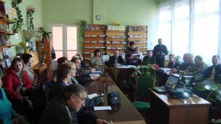 Проведено круглий стіл на тему «Монастирищина – козацький край»