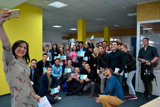 Студенти провідних вишів дебатували у Черкасах на тему виборів