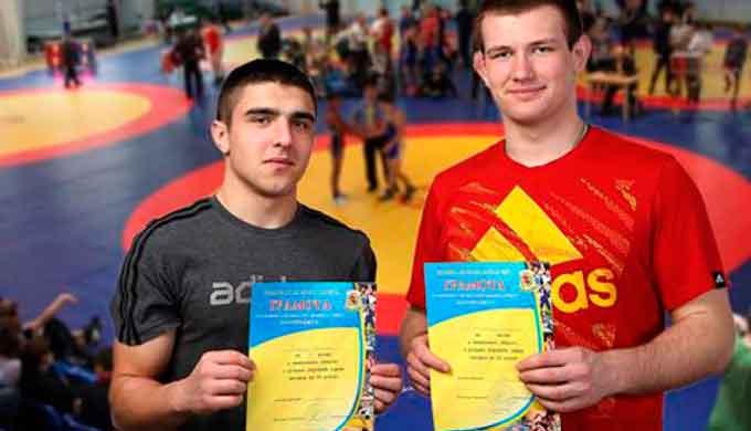 Спортсмени ЧІПБ вибороли медалі на змаганнях з вільної боротьби